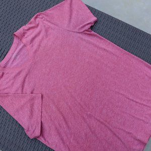 Old Navy Size Small Sports tee.